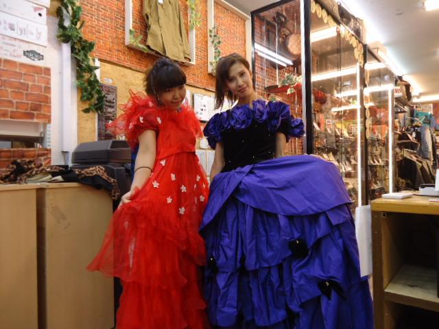 瑞穂店 ドレスも買い取ってもらえるのかしら? はい買い取ります!  横田基地 入間アウトレット 新青梅街道沿い 武蔵村山イオンモール ジョイフル本田